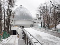 Планетарий Москвы в зиме Стоковые Фотографии RF