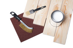 Планка кисти, деревянных и краска на белизне Стоковые Изображения