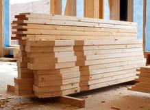 планки штабелируют деревянное Стоковое Изображение