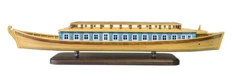 План старых русских деревянных баржей, который нужно путешествовать вдоль rive Стоковые Изображения