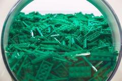 Пластичная игрушка кирпича в зеленом цвете Стоковое Изображение RF