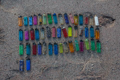 Пластичная погань на пляже 02 Стоковые Изображения RF