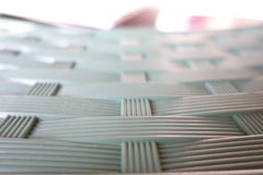 Пластичная таблица с переплетает картину Стоковые Фотографии RF