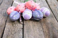 Пластичное пасхальное яйцо Стоковые Фотографии RF