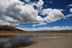 Плато Тибета озера Nam Co Стоковое Изображение