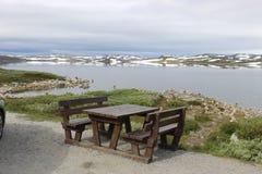 Плато Hardangervidda в национальном парке Hallingskarvet, Норвегии, Европе, с озером Ustevatn Стоковое Изображение RF