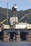 Платформа нефти и газ в Норвегии Энергетическая промышленность петролеум Стоковые Изображения RF