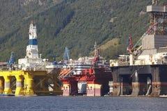 Платформа нефти и газ в Норвегии Энергетическая промышленность петролеум Стоковая Фотография RF