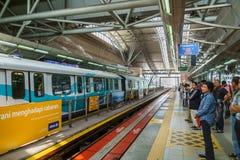 Платформа KL поезда LRT быстрая, Куала-Лумпур, Малайзия Стоковое фото RF