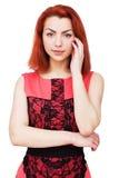 платье предпосылки красивейшее изолировало розовых детенышей белой женщины Стоковое Фото