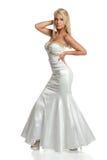 Платья молодой женщины в мантии вечера Стоковые Фото
