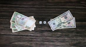 Плашки и деньги Стоковое Изображение RF
