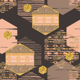 Племенная этническая безшовная картина с геометрическими элементами шестиугольника иллюстрация штока