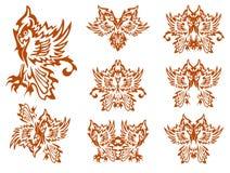 Племенной попугай в форме крыла бабочки и символов попугая Стоковые Изображения RF