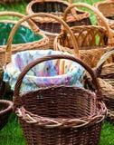 Плетеные корзины на рынке Стоковые Изображения