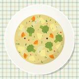 Плита вегетарианского супа брокколи на таблице Стоковое фото RF
