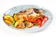 плита зажженная рыбами Стоковые Фотографии RF