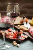 Плита и 2 мяса Стоковые Фото