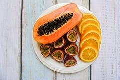 плита плодоовощ тропическая Стоковое Фото