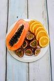 плита плодоовощ тропическая Стоковая Фотография