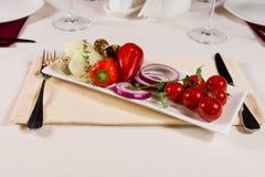 Плита свежих овощей стоковые изображения rf