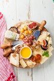Плита сыра Стоковые Фотографии RF