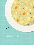 Плита с лапшой и овощным супом на таблице Стоковые Фотографии RF