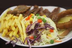 Плита с едой; Стоковое Изображение RF