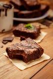 Плита с очень вкусными пирожными шоколада Стоковое Фото
