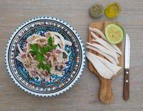 Плита с салатом кальмара Стоковая Фотография