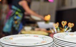 Плита, шведская таблица, обслуживание собственной личности Стоковая Фотография RF