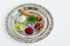 Плита Seder еврейской пасхи стоковая фотография rf
