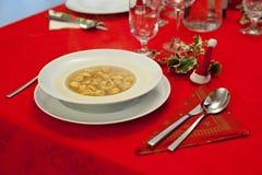 Плита tortellini, рождественского ужина Стоковая Фотография