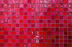 Плитки мозаики стены и пола в лазурном красном цвете Стоковая Фотография