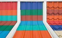 плитки плитки текстуры крыши предпосылки устарелые старые красные Стоковая Фотография