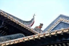 Плитки стрех капания и скульптура глины стрех Стоковое Изображение