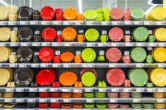 Плиты в шкафе Стоковое Фото