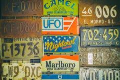 плиты лицензии старые стоковые изображения