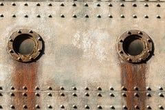 Плиты иллюминатора кабины корабля заклепанные сталью Стоковые Фотографии RF