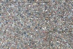 Плиты камушка каменные в цементе на sideway Стоковые Фотографии RF