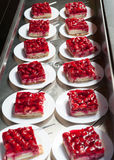 Плиты с тортом клубники Стоковое Изображение