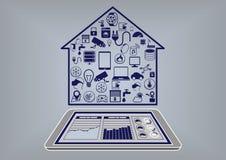 Плоская иллюстрация дизайна умной домашней автоматизации infographic Стоковая Фотография