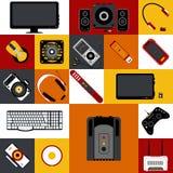 Плоская иллюстрация с multicolor собранием электронных устройств Стоковые Изображения
