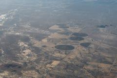 Плоский взгляд гор между Аризоной и Невадой Стоковая Фотография RF