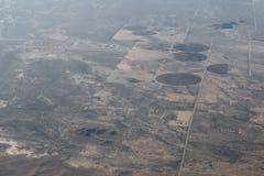 Плоский взгляд гор между Аризоной и Невадой Стоковое Изображение