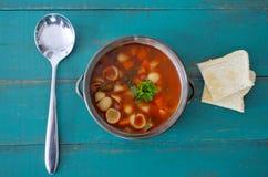 Плоский взгляд положения супа минестроне Стоковые Изображения