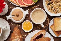 Плоское изображение положения завтрака углевода стоковые фотографии rf