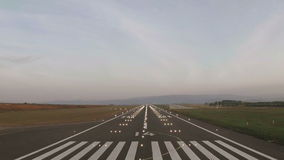 Плоское освещение посадки и взлётно-посадочная дорожка видеоматериал