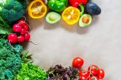 Плоское положение свежих овощей с космосом экземпляра Стоковая Фотография RF