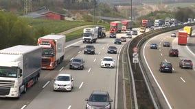 Плотное движение на немецком шоссе A3 сток-видео